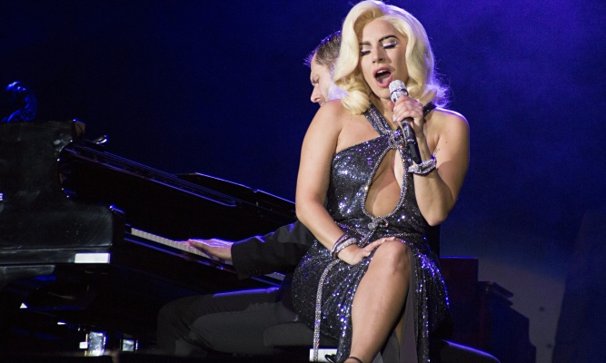 Lady Gaga sings live in Italy at Umbria Jazz Festival
